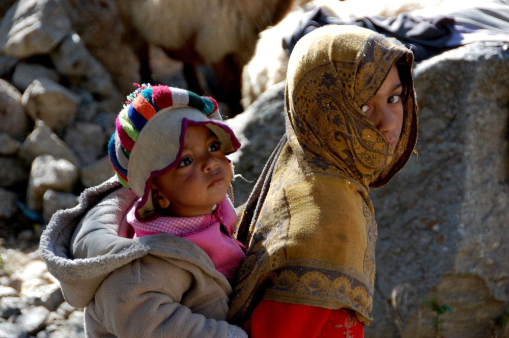Hunza_Valley_local_girls