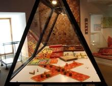 Spielemuseum-Vitrine-Pachisi
