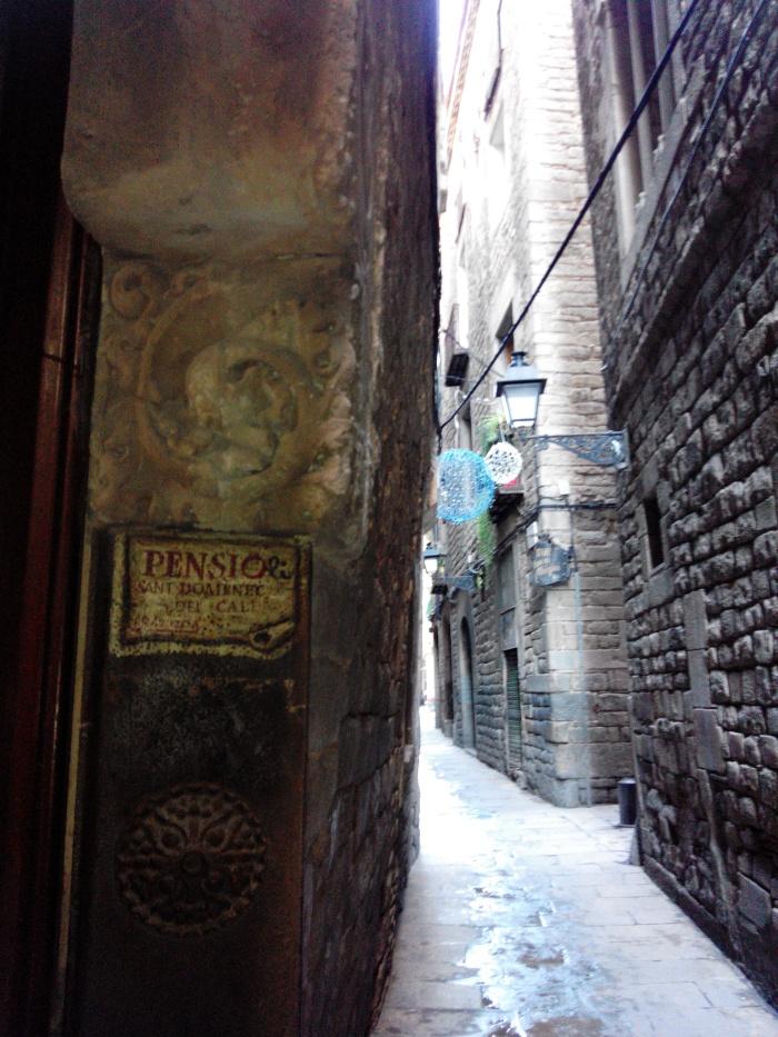 calle más antigua de barcelona