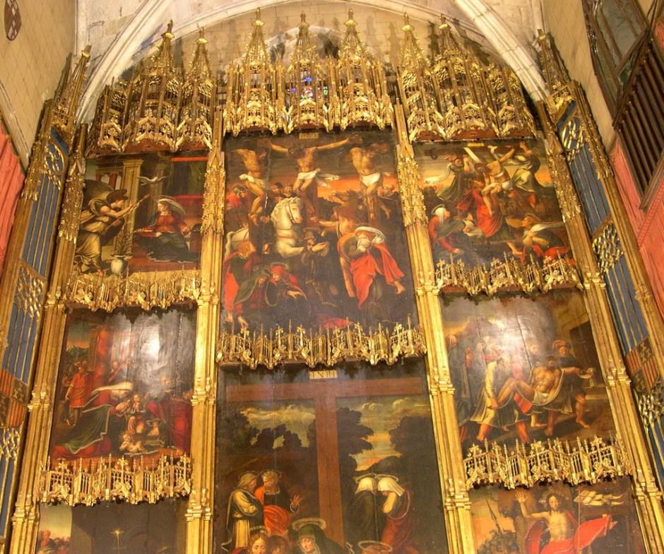 Retaule de la Passió (o de la Santa Cruz) a la capella de Sant Fèlix i la Santa Creu de l'Església dels sants Just i Pastor de Barcelona, obra del pintor Pere Nunyes i l'ebenista Joan de Brusel·les de casquillo al 1530.