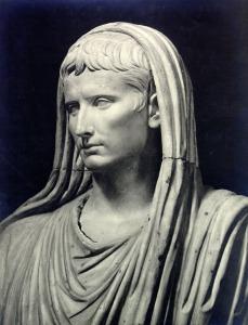 Augusto Pontífice Máximo