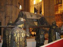 tumba colón  catedral sevilla