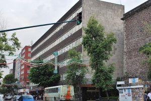 Hospital de Jesús en la calle Pino Suárez, en el centro histórico de Ciudad de México