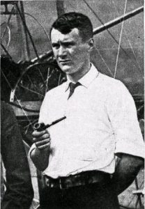 Thomas_selfridge_smoking_pipe
