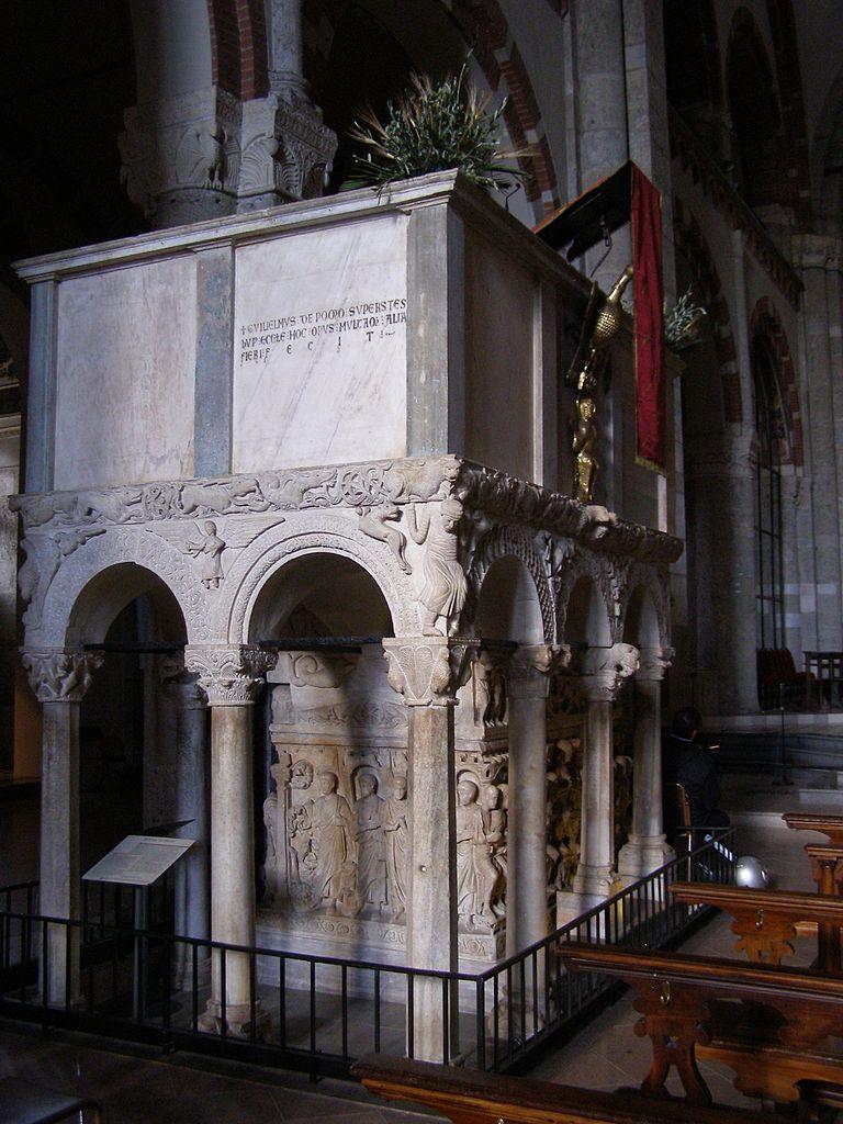 """"""" Sarcofago di Stilicone """" ( """" Stilicon 's sarcófago""""), bajo el púlpito de San Ambrosio basílica en Milán , Italia."""