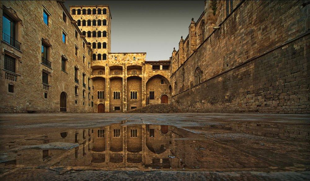 plaza del rey de barcelona