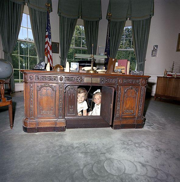 escritorio resolute