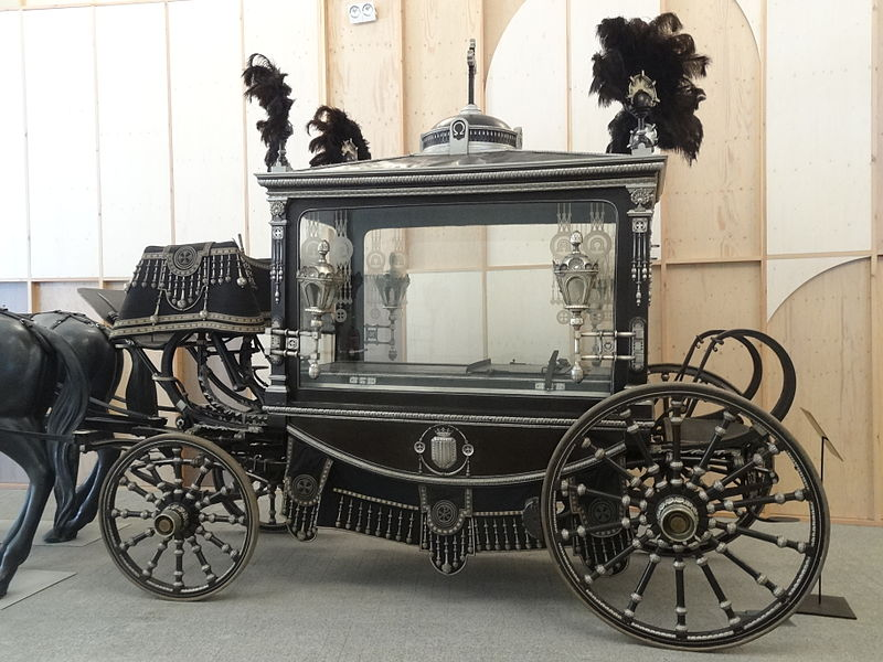 Resultado de imagen de carroza caballos funebre